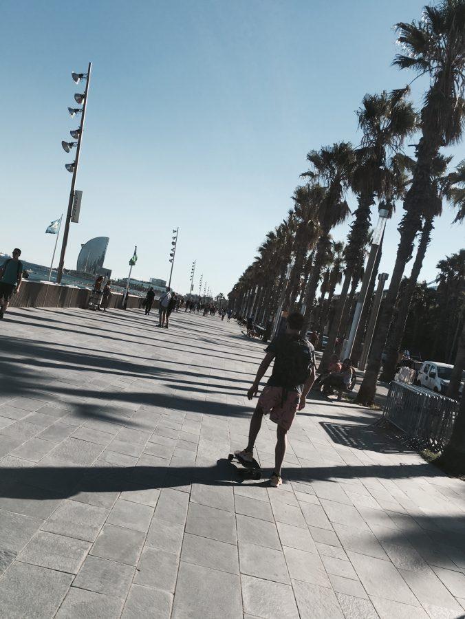 Barcelona longboarding on the boulevard
