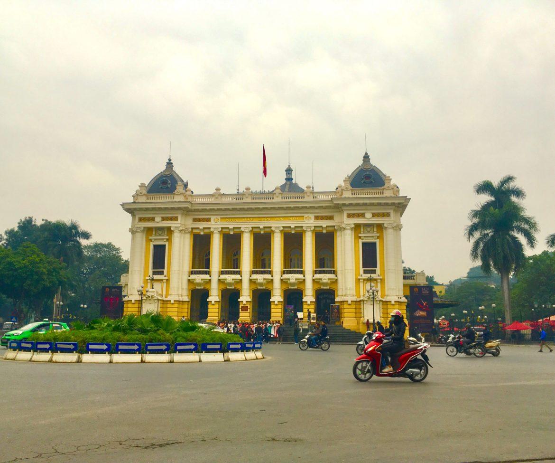 Vietnam: De Hanoi Opera
