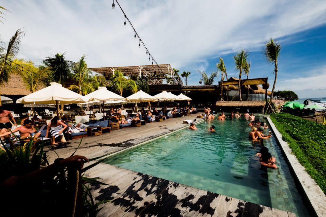 Bali: the lawn Canggu