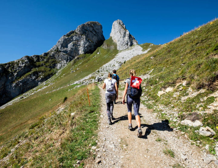 Travel guide Romandy: Hiking in the beautiful nature of French Switzerland!