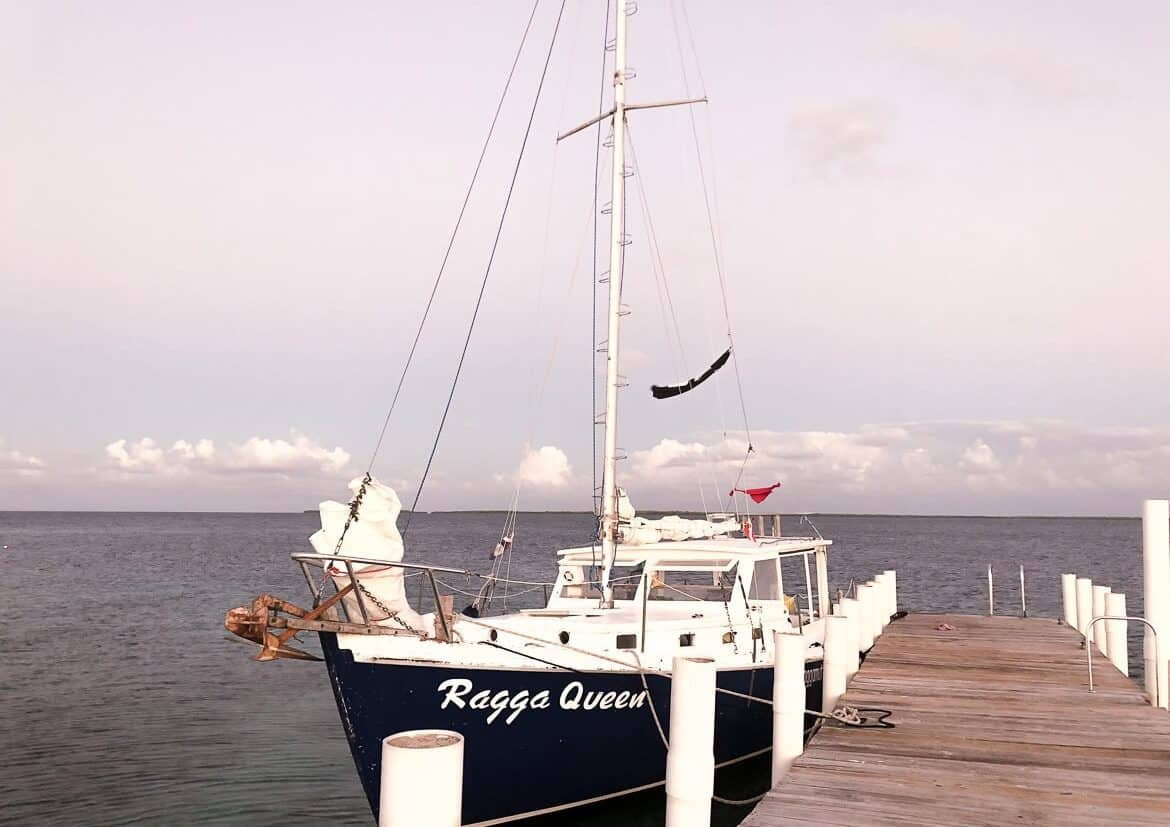 Raggamuffin Belize sailing
