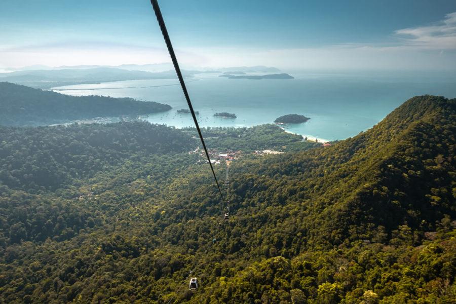 Malaysia Langkawi Cable Car lane