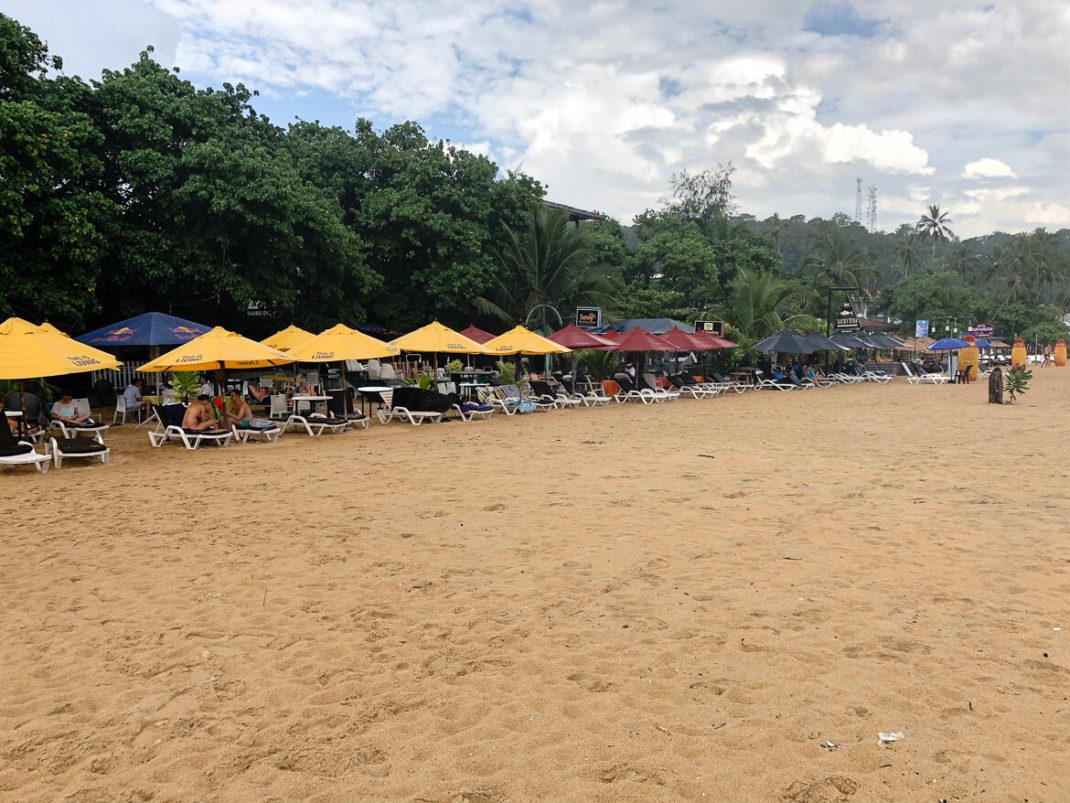Unawatuna beach beds