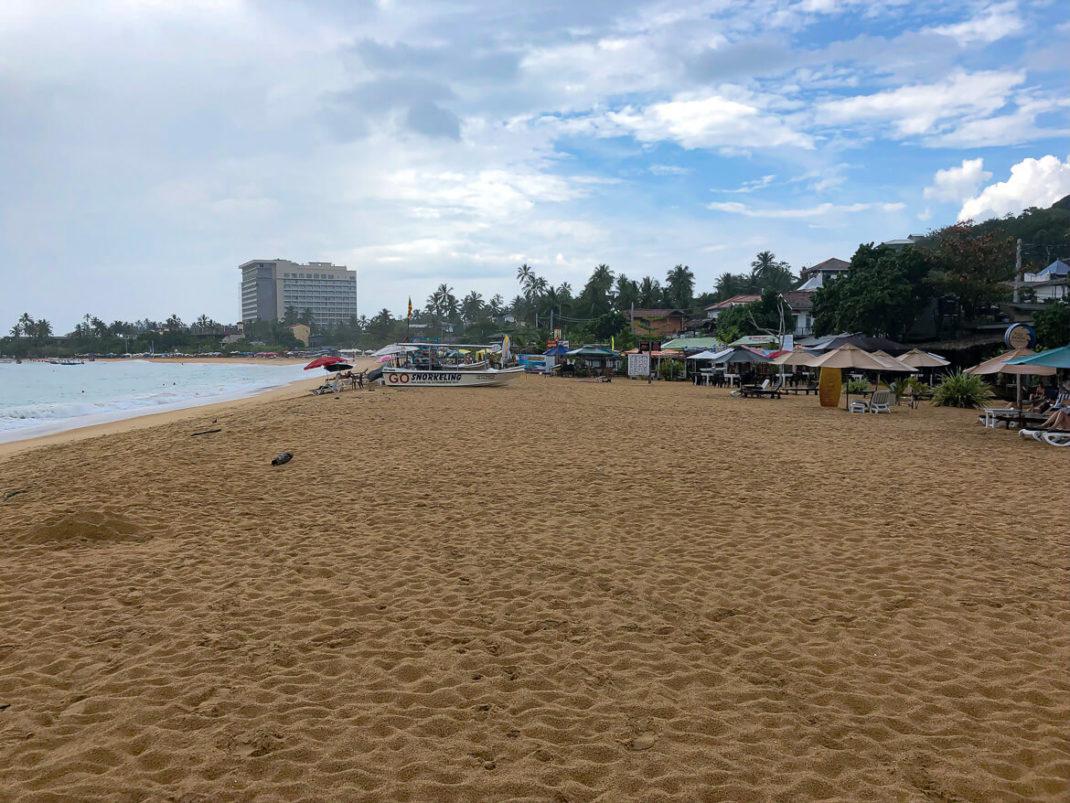 Unawatuna beach impression
