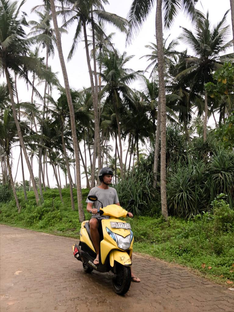 scooter life Sri Lanka Dickwella