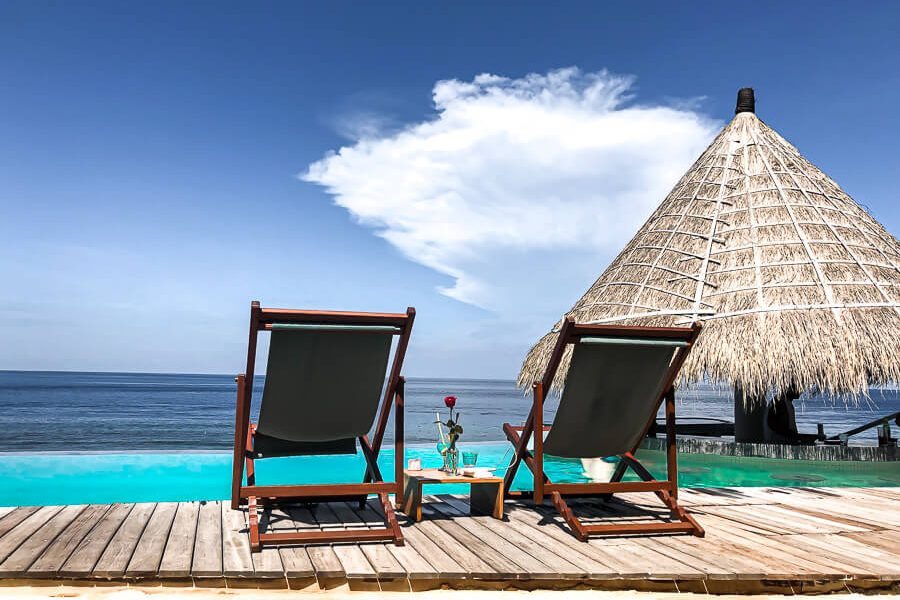 Beach club the Chill and pool Nusa Penida Bali