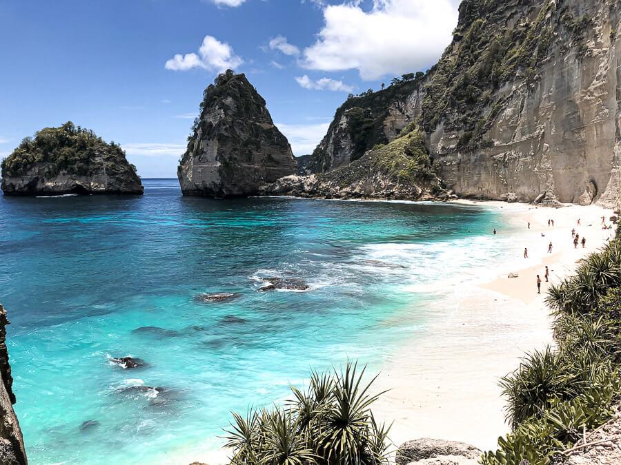 Diamond Beach more Travel Guide Nusa Penida Bali