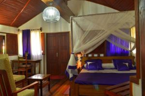 Hotel Guide Madagascar Edena hotel Mahajanga