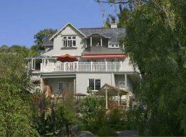 Hotel guide New Zealand Joya Garden Villa studios. nelson