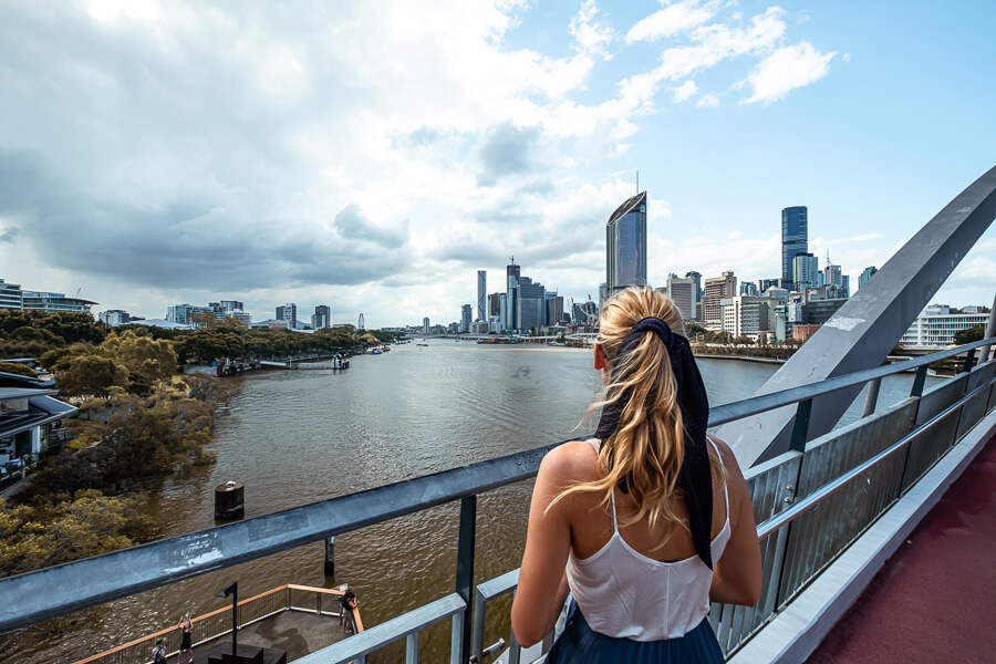 Travel Guide Brisbane City view