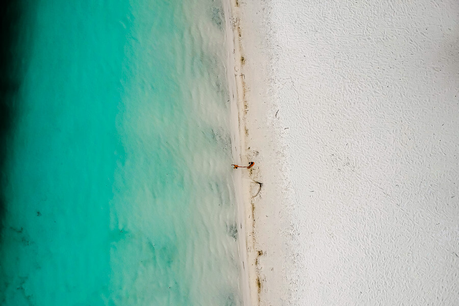 Travel Guide Fraser Island best lake Lake McKenzie