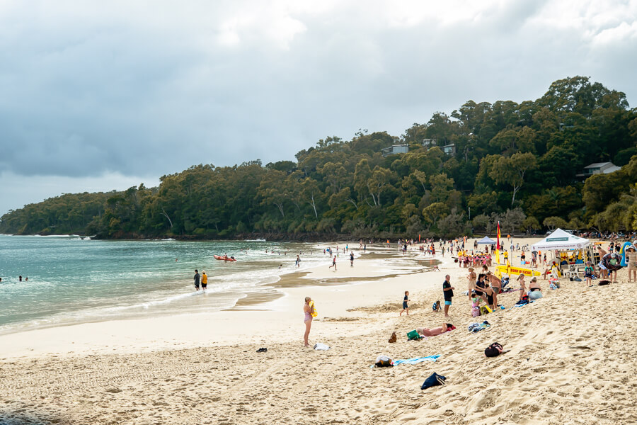 Travel Guide Noosa main beach