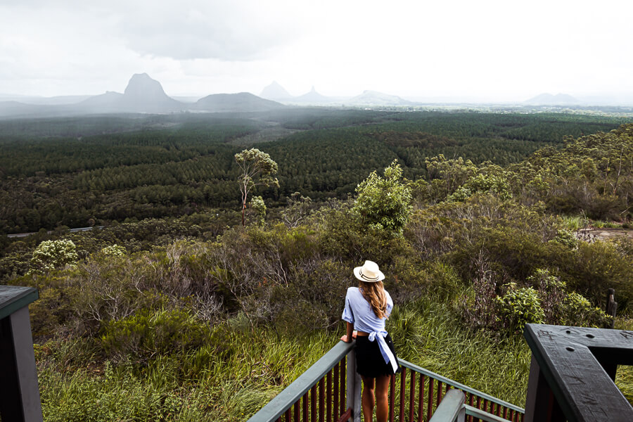 Travel guide glass house mountains east australia
