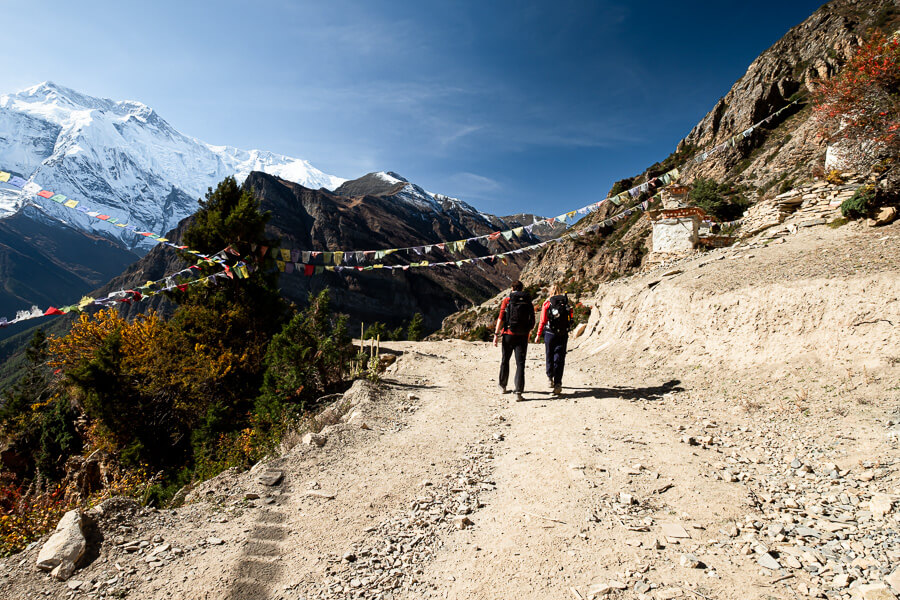 Nepal Couple goals hiking the Annapurna Circuit