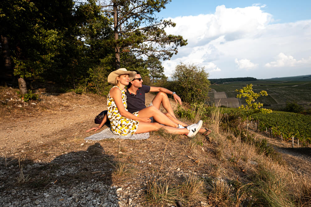 Picknick viewpoint Chablis Burgundy France