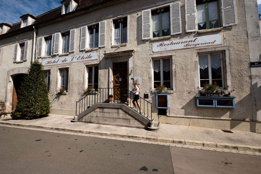 Best places for lunch Chablis Burgundy France