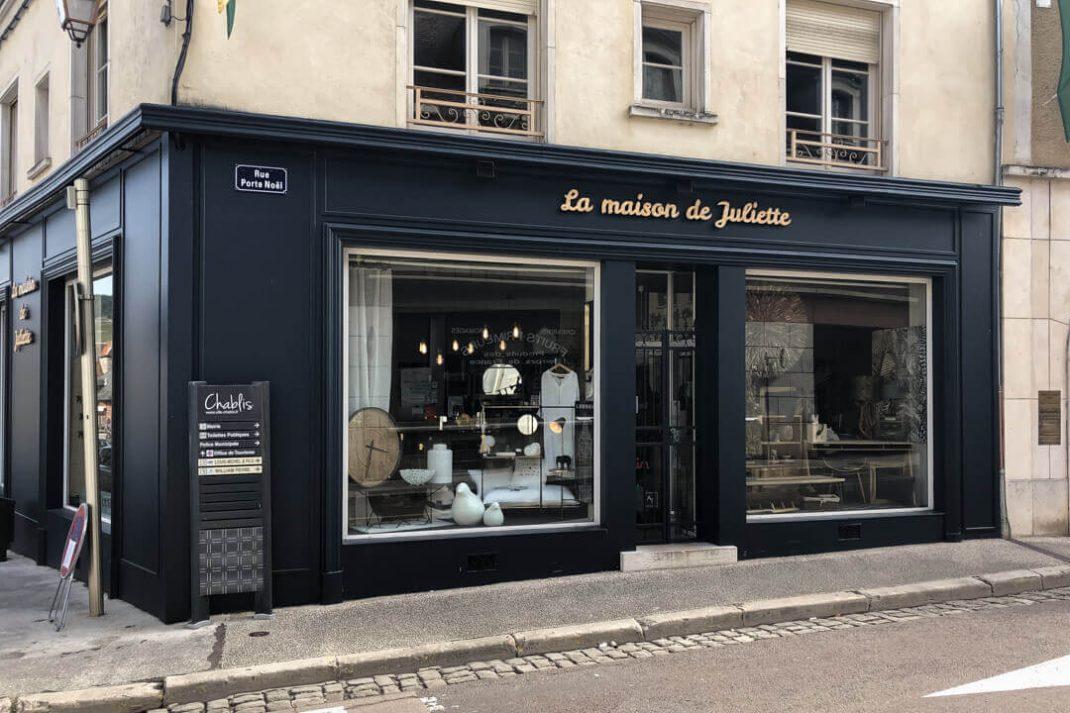 Boutique shop Chablis design colourful France